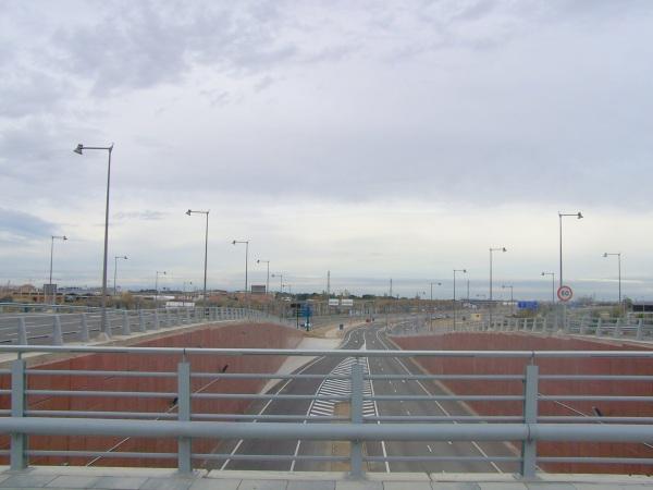 Salida del túnel de la A-68, cerrado al tráfico a pesar de llevar terminado ocho meses