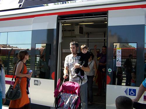CHA definde la ampliación del tren de cercanias hasta Huesca y Cariñena