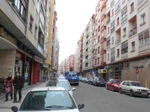 Belloch quiere cambiar el nombre de esta calle, General Sueiro por Escrivá de Balaguer, también vinculado al franquismo.Aragonpress