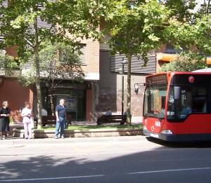 Esperando al bus en Delicias, Zaragoza